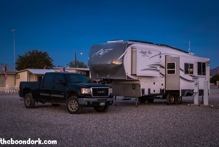 Arctic Fox fifth wheel Quartzsite Arizona. Please click