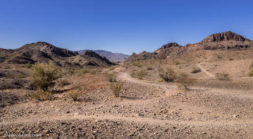 Hiking trails Lake  Havasu Picture
